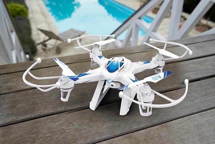 ΤΗΛΕΚΑΤΕΥΘΥΝΟΜΕΝΟ DRONE ΜΕ ΚΑΜΕΡΑ ΟΕΜ