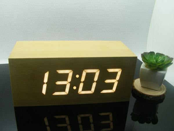 Ξύλινο επιτραπέζιο ρολόι με οθόνη Led - Θερμόμετρο - Ξυπνητήρι - Ημερολόγιο ανάβ διακοσμηση  gt  ρολόγια  gt  επιτραπέζια ρολόγια